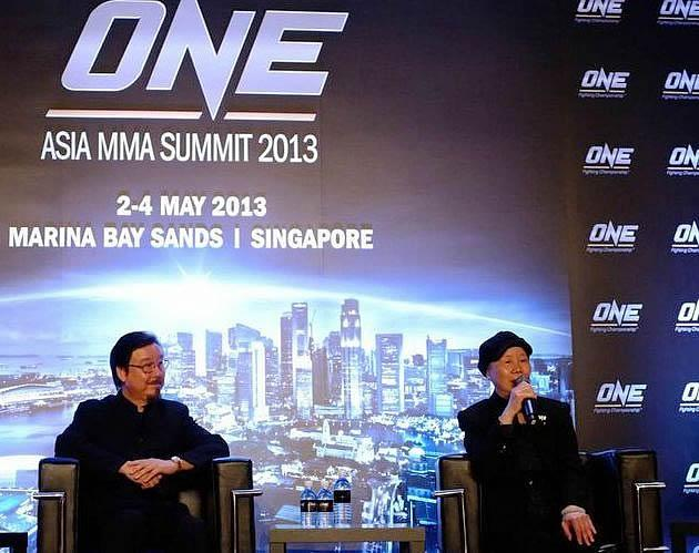 Robert Lee and Phoebe Lee gracing the summit held at Marina Bay Sands. (ONE FC Photo)