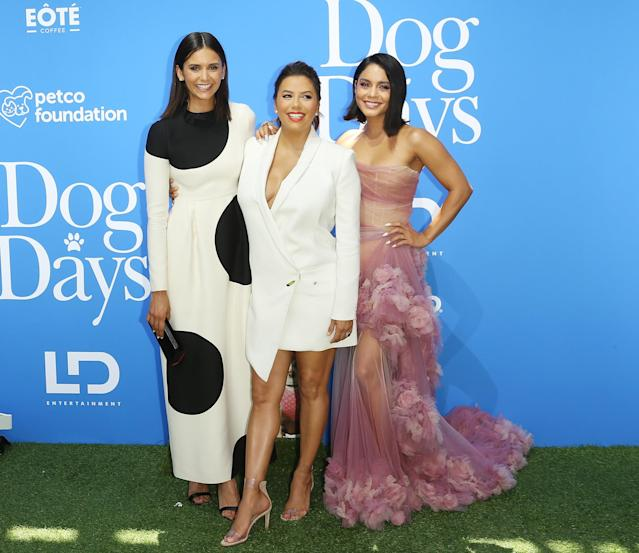 "<span>""Just me and my girls,"" Eva captioned a similar photo of herself with Nina Dobrev, left, and Vanessa Hudgens, right. ""</span> <span>Go watch our new movie … </span> <span>out in theaters Aug. 8th.""</span> (Photo: Axelle/Bauer-Griffin/FilmMagic)"
