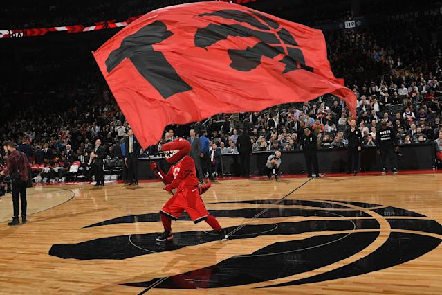The Toronto Raptor mascot celebrated its 1000th game on February 13.