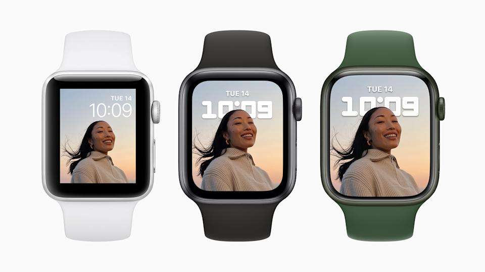 The stunning Apple Watch Series 7 display is nearly 20 per cent larger than that of Apple Watch Series 6, and over 50 per cent larger than that of Apple Watch Series 3, with an optimised user interface for greater readability and ease of use. (PHOTO: Apple)