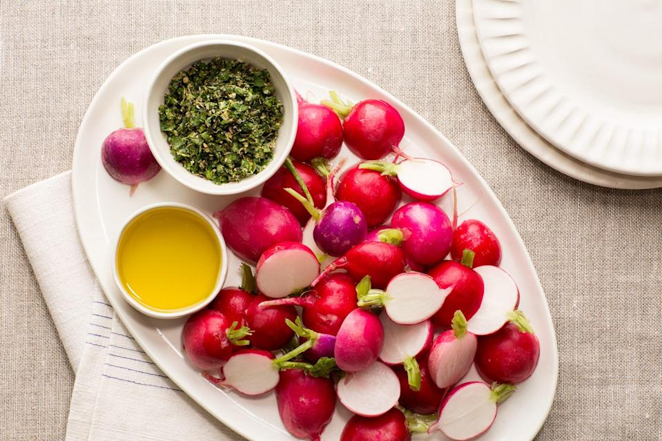 "Start off a holiday meal in the freshest way possible: With crunchy radishes dipped in olive oil and then into flavorful herbed salt. <a href=""https://www.epicurious.com/recipes/food/views/radishes-with-herbed-salt-and-olive-oil-56389336?mbid=synd_yahoo_rss"" rel=""nofollow noopener"" target=""_blank"" data-ylk=""slk:See recipe."" class=""link rapid-noclick-resp"">See recipe.</a>"