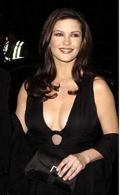 "Premiere: <a href=""/movie/contributor/1800019539"">Catherine Zeta Jones</a> at the LA premiere of Miramax's <a href=""/movie/1808403441/info"">Chicago</a> - 12/10/2002<br><font size=""-1"">Photo: <a href=""http://www.wireimage.com"">Steve Granitz/Wireimage.com</a></font>"