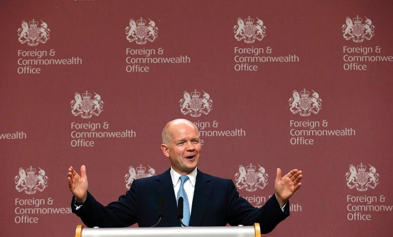 O chanceler britânico, William Hague, em entrevista coletiva