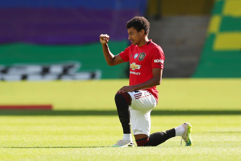 Lingard reflects on difficult season with Man United