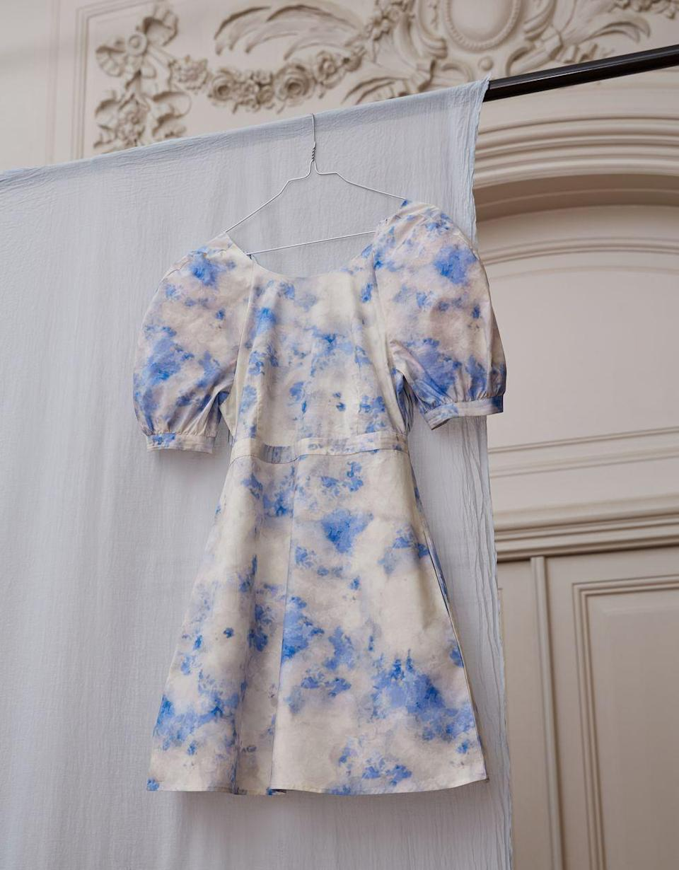 """<p>The Copenhagen-based brand has released a capsule collection, 'of organic cotton pieces which will support the NGO Green Transition Denmark, part of Clean Air Europe.'</p><p>The sky-printed pieces are all made from 100% GOTS-certified organic cotton.</p><p><a class=""""link rapid-noclick-resp"""" href=""""https://www.baumundpferdgarten.com/collections/und-breathe.html"""" rel=""""nofollow noopener"""" target=""""_blank"""" data-ylk=""""slk:SHOP BAUM UN PFERDGARTEN NOW"""">SHOP BAUM UN PFERDGARTEN NOW</a></p>"""