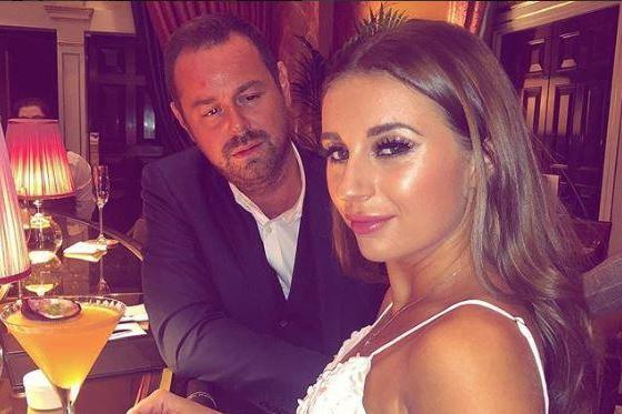 Stage debut: Dani Dyer will perform with father Danny in a festive musical: Dani Dyer / Instagram
