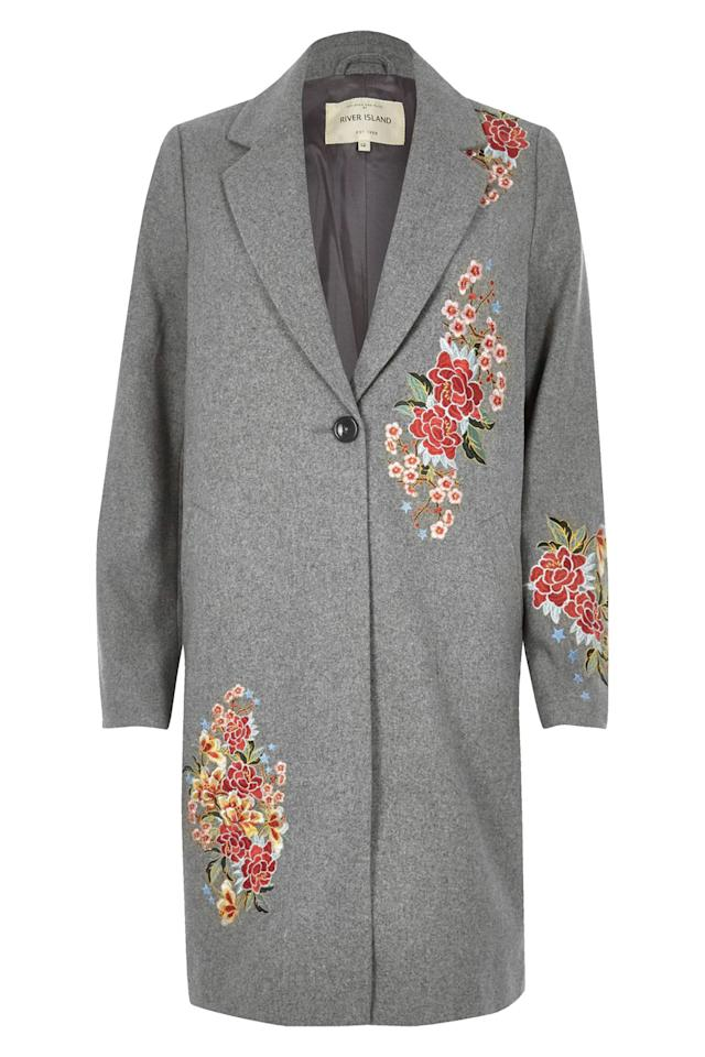 "<p>River Island Grey Floral Embroidered Overcoat, $190; <a rel=""nofollow"" href=""http://www.elle.com/beauty/makeup-skin-care/g28971/red-nail-designs/?visibilityoverride"">riverisland.com</a></p>"
