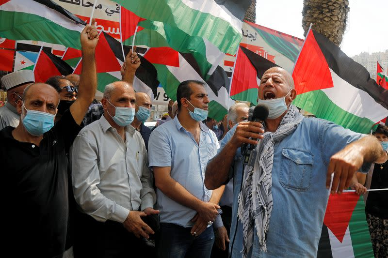 Palestinians win Saudi support but no Arab condemnation of UAE-Israel deal