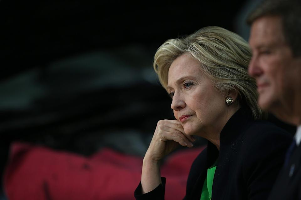 Hillary Clinton is bashing CEOs -- while taking their money