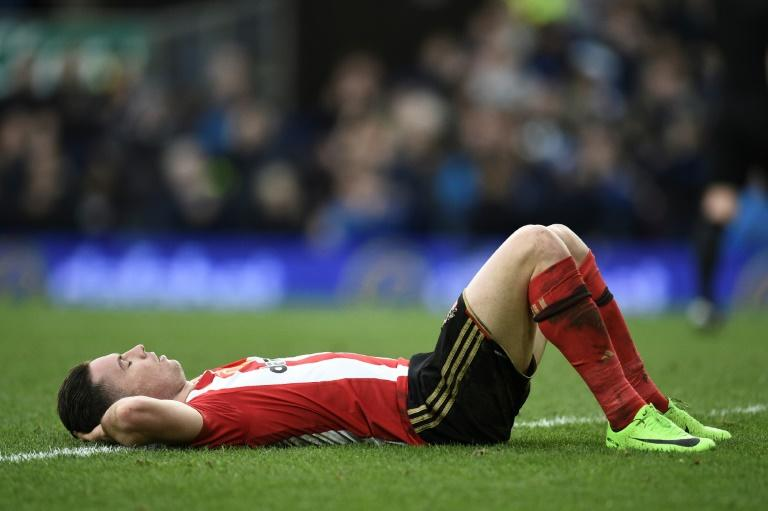 Sunderland's Bryan Oviedo reacts after Everton scored their second goal during their English Premier League match, at Goodison Park in Liverpool, on February 25, 2017