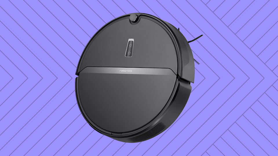 Save 33 percent on this Roborock E4 Robot Vacuum Cleaner. (Photo: Amazon)