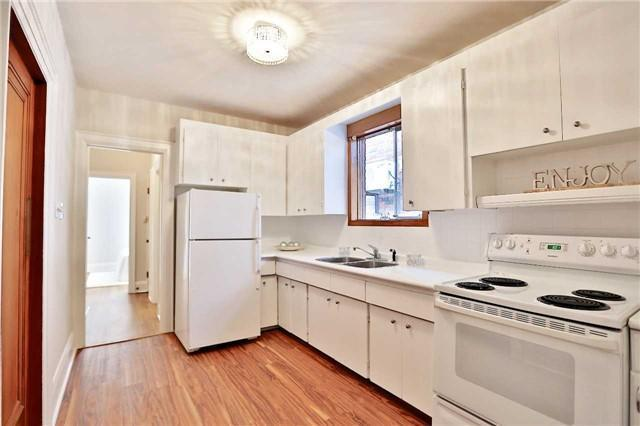 <p><span>37 Mayfield Ave., Toronto, Ont.</span><br> The home has lots of character and charm, and hardwood floors throughout.<br> (Photo: Zoocasa) </p>