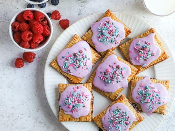 PHOTO: These mixed berry pop-tarts use fresh Driscoll's raspberries and blueberries. (Driscoll's)