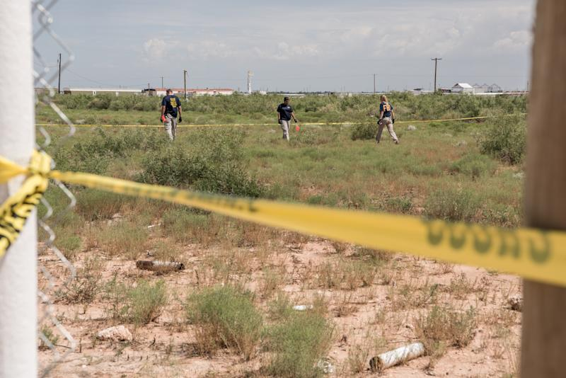FBI agents search a home believed to be linked to a suspect following a deadly shooting spree on September 1, 2019 in West Odessa, Texas. (Photo: Cengiz Yar/Getty Images)
