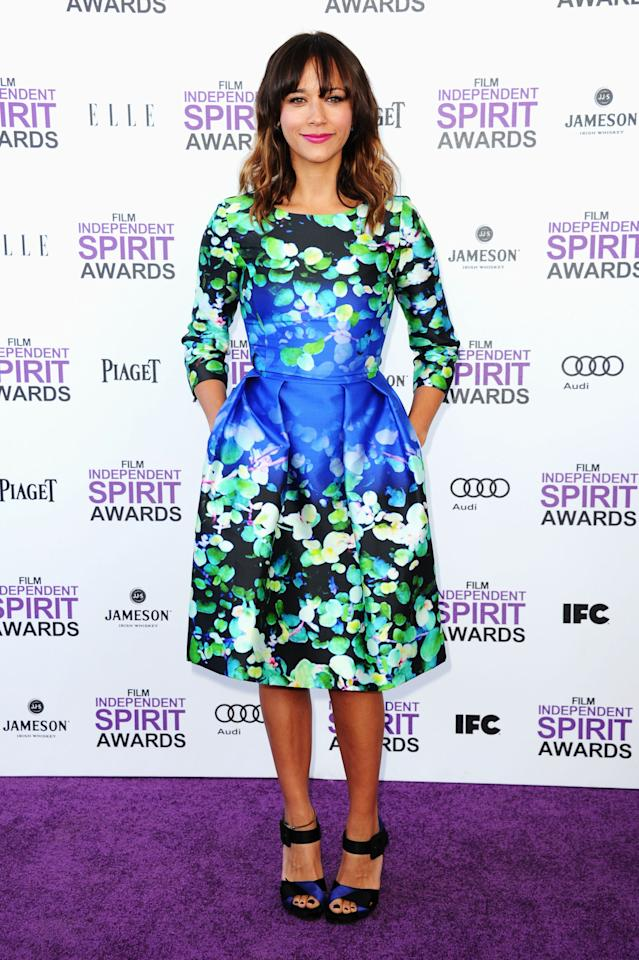 SANTA MONICA, CA - FEBRUARY 25:  Actress Rashida Jones arrives at the 2012 Film Independent Spirit Awards on February 25, 2012 in Santa Monica, California.  (Photo by Alberto E. Rodriguez/Getty Images)