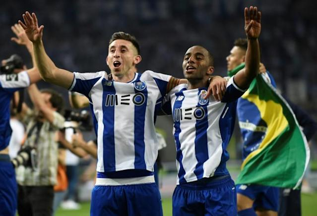 Ricardo Pereira (R) helped Porto hold off Benfica and Sporting Lisbon to win the Portuguese league title