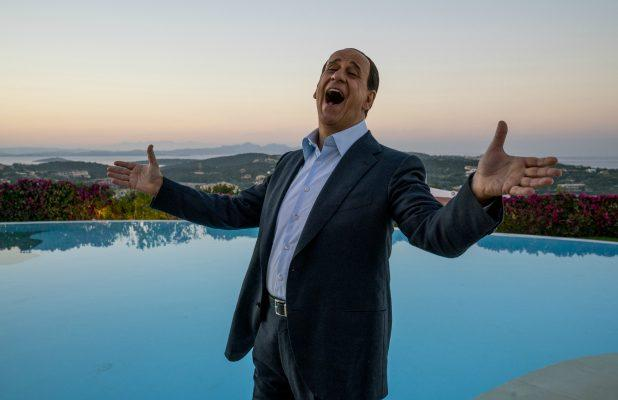 'Loro' Film Review: Paolo Sorrentino Spins a Gloriously Messy Yarn About Berlusconi
