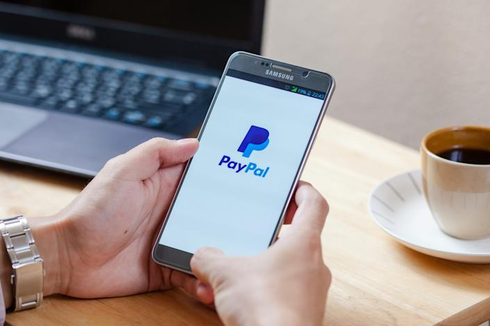 Paypal has approximately 23,200 employees worldwide.