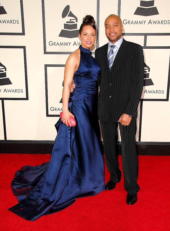 "A glamorous Alicia Keys arrived in Armani on the arm of her rumored boyfriend, songwriter/producer Kerry Brothers Jr. The ""couple"" won the Grammy for Best RnB Song, ""No One."" Steve Granitz/<a href=""http://www.wireimage.com"" target=""new"">WireImage.com</a> - February 10, 2008"