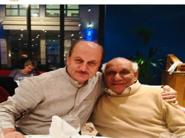 Anupam Kher with late Yash Chopra (Image source: Instagram)