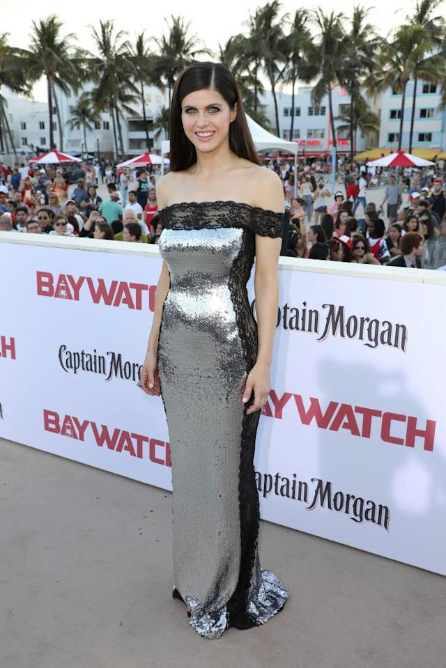 Alexandra Daddario in Azzaro. (Photo: Getty Images)