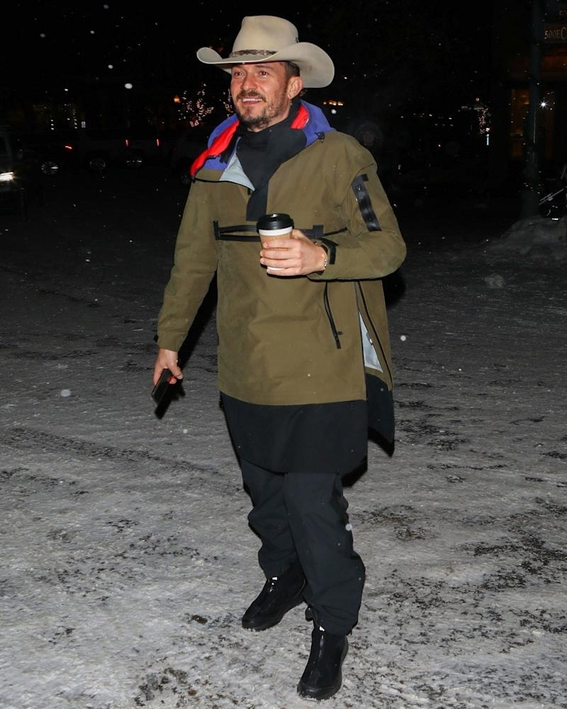 We're calling this Orlando Bloom #BigFitoftheday Après-Ski Freak chic.