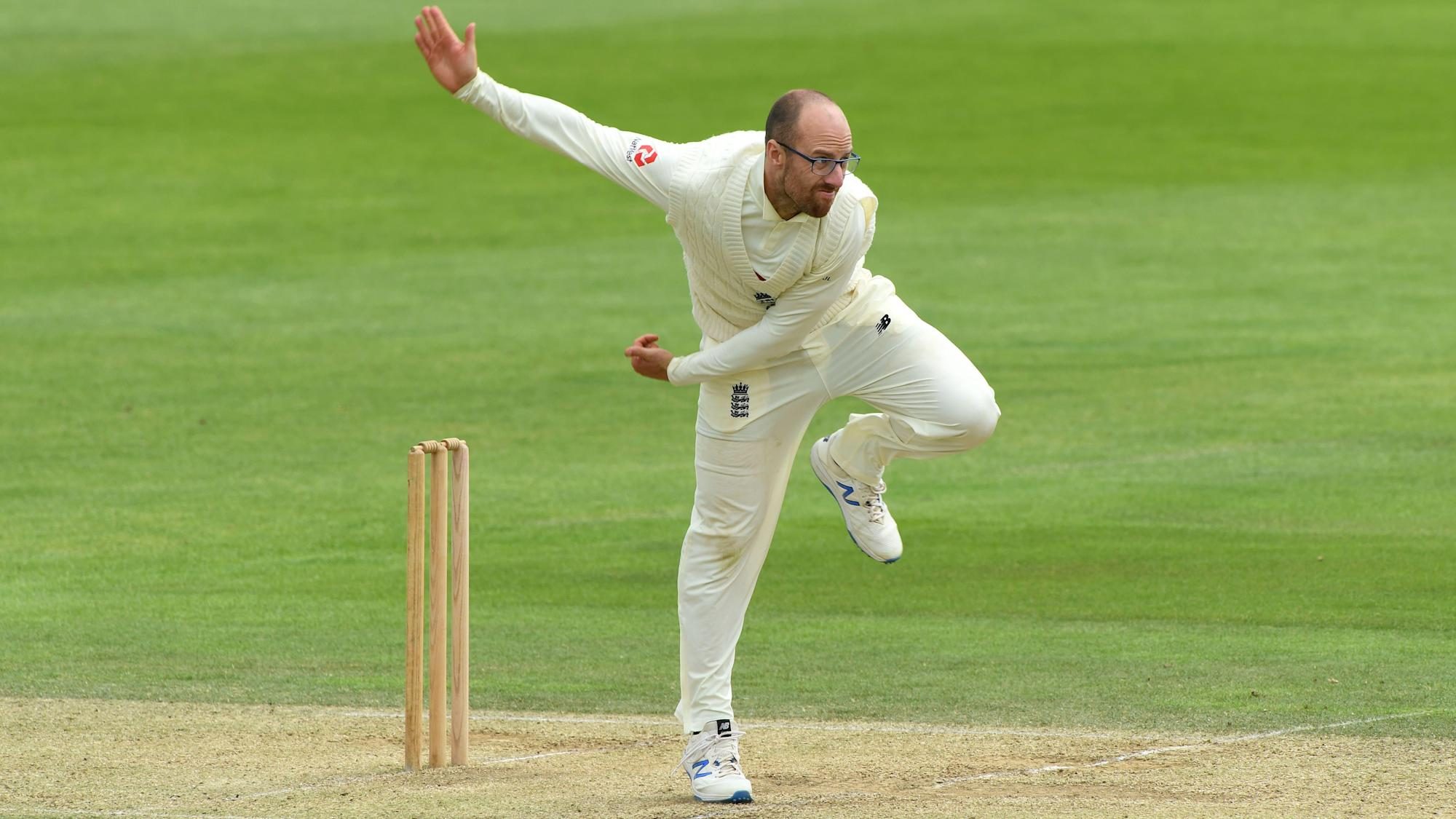 England spinner Jack Leach extends Somerset stay