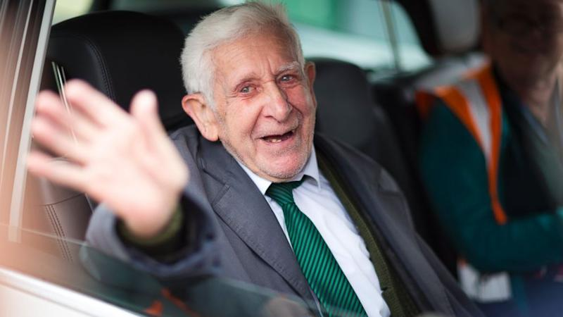 British WWII Veteran Returns Home After Sneaking Off to D-Day Remembrance
