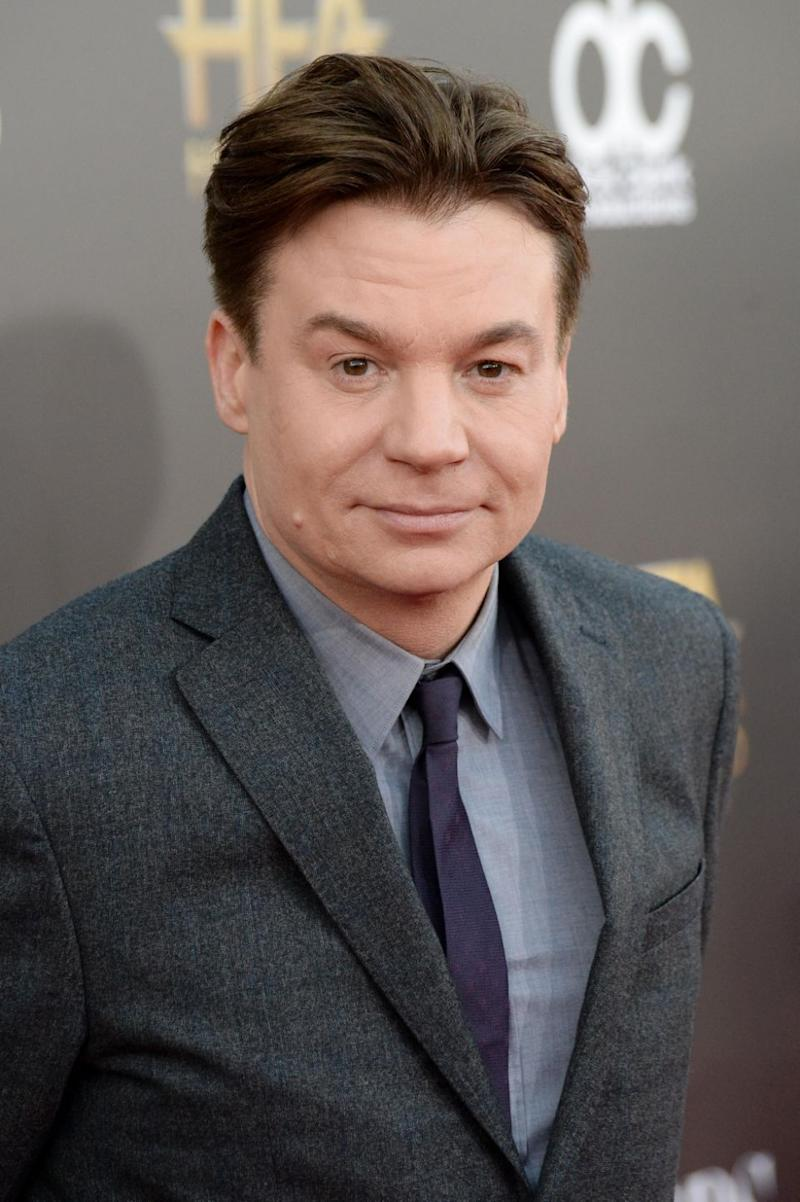 Co-star Mike Myers shared a tribute to the actor. Photo: Getty