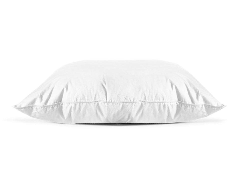"""<strong><a href=""""https://fave.co/2umDkzP"""" target=""""_blank"""" rel=""""noopener noreferrer"""">Parachute'shypoallergenic firm down alternative pillow</a></strong>has the support and loftiness of down. The firm density is its most supportive style because it has a lot of loft to maintain neck and back alignment, even though it doesn't have a gusseted side like most side-sleeper pillows. <strong><a href=""""https://fave.co/2umDkzP"""" target=""""_blank"""" rel=""""noopener noreferrer"""">Get it at Parachute, $79</a></strong>."""