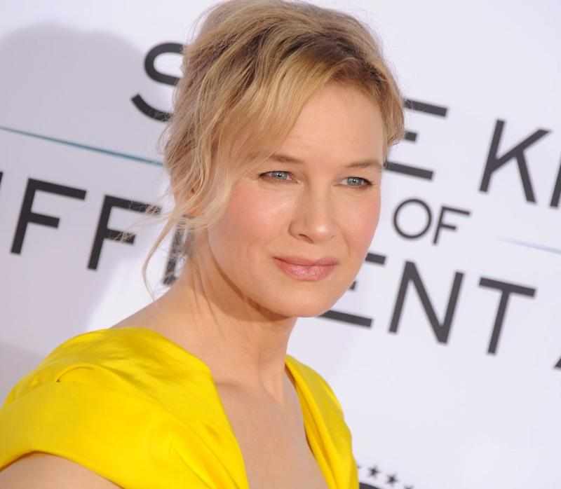 Renée Zellweger Looks Just Like Judy Garland in Upcoming Biopic About the Hollywood Star