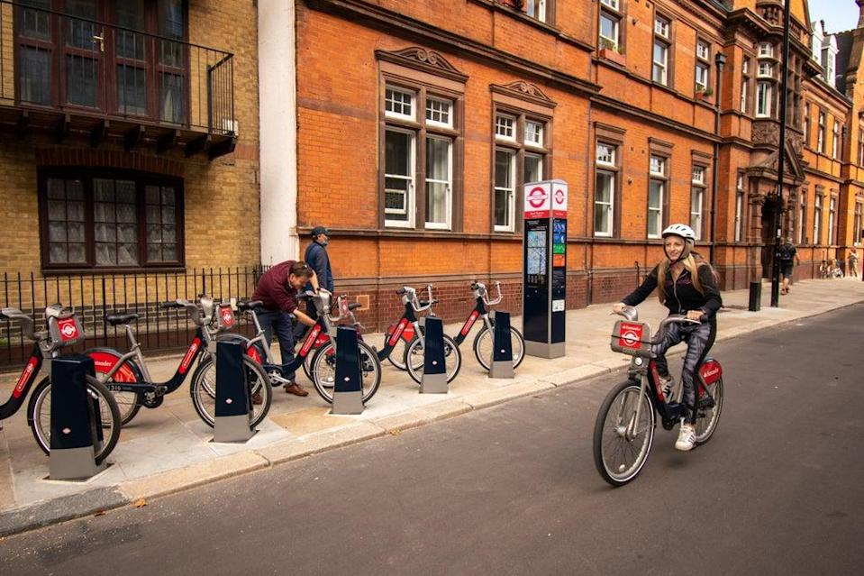 The Santander cycle hire scheme saw a record number of hires in September (TfL)