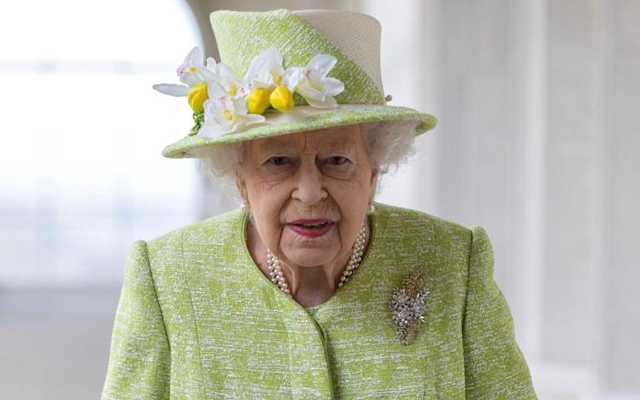 The Queen will be driven to the chapel in a State Bentley alongside a lady-in-waiting - Steve Reigate/Pool via Reuters