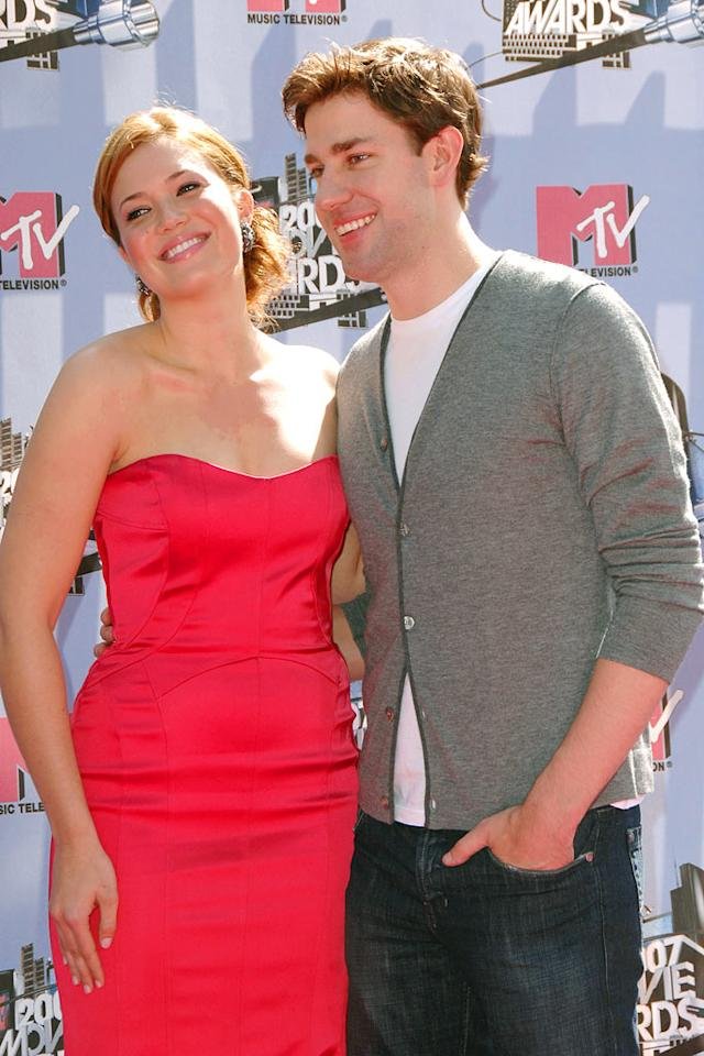"""Mandy Moore and John Krasinski prepare for their upcoming release """"License to Wed"""" as they walk the red carpet at the MTV Movie Awards. Steve Granitz/<a href=""""http://www.wireimage.com"""" target=""""new"""">WireImage.com</a> - June 3, 2007"""