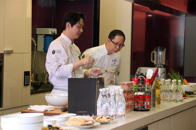 Chef Arron Huang (left) and Chef Yong Bing Ngen (right) at ToTT.