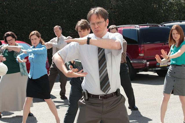 """Finale"" Episode 924/925 -- Pictured: (l-r) Phyllis Smith as Phyllis Vance, Jenna Fischer as Pam Beesly Halpert, Jake Lacy as Pete, Rainn Wilson as Dwight Schrute, Ellie Kemper as Erin Hannon"