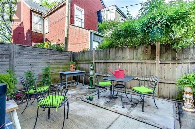 "<p><a href=""https://www.zoocasa.com/toronto-on-real-estate/5348045-3-bellwoods-ave-toronto-on-m6j2p3-c4149585"" rel=""nofollow noopener"" target=""_blank"" data-ylk=""slk:3 Bellwoods Ave., Toronto, Ont."" class=""link rapid-noclick-resp"">3 Bellwoods Ave., Toronto, Ont.</a><br> The patio is perfect for outdoor entertaining.<br> (Photo: Zoocasa) </p>"