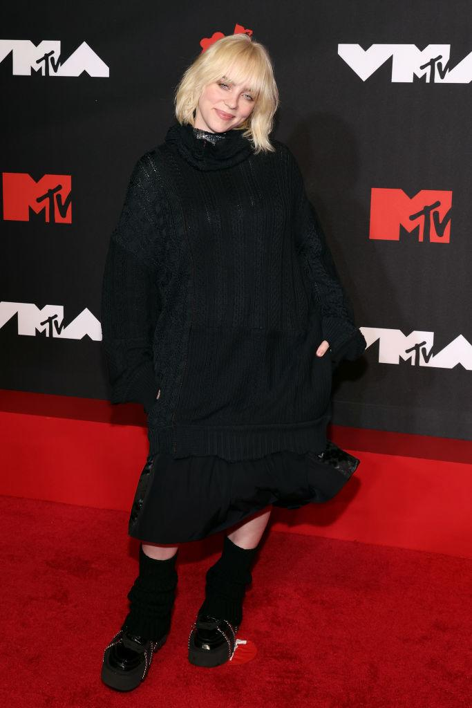 Billie Eilish kept it simple in an oversized LBD with the all important pockets. (Getty Images)