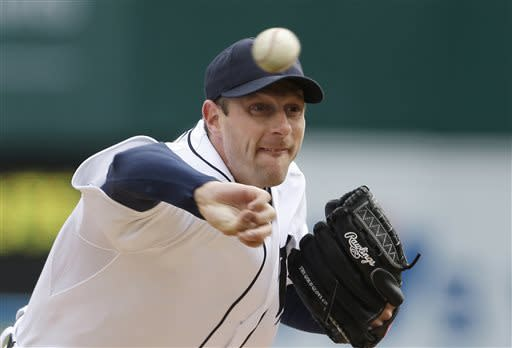 Detroit Tigers starting pitcher Max Scherzer throws during the first inning of a baseball game against the New York Yankees in Detroit, Saturday, April 6, 2013. (AP Photo/Carlos Osorio)