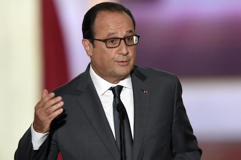 French President Francois Hollande delivers a speech on Syria and the migration crisis during his bi-annual press conference at the Elysee presidential palace Paris on September 7, 2015 (AFP Photo/Alain Jocard)