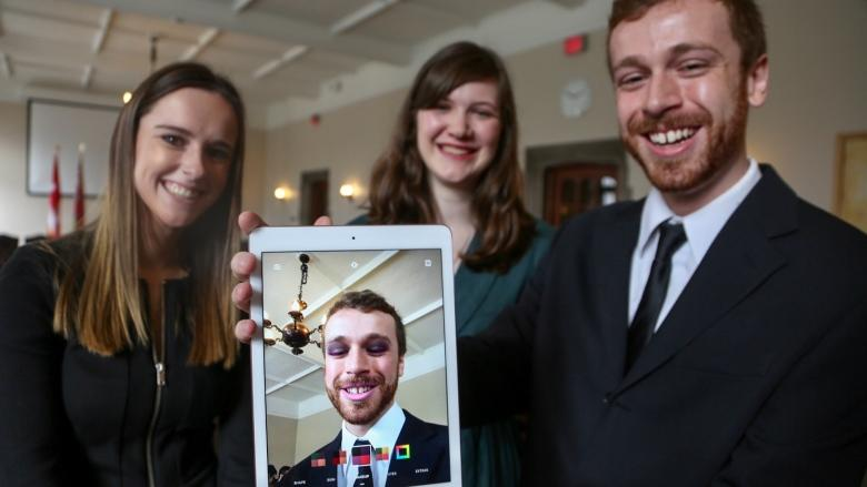 Toronto startup ModiFace invests $4M to train U of T students in augmented reality