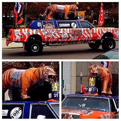 Tigers Mobile at World Series, Game 4 via @KevinKaduk