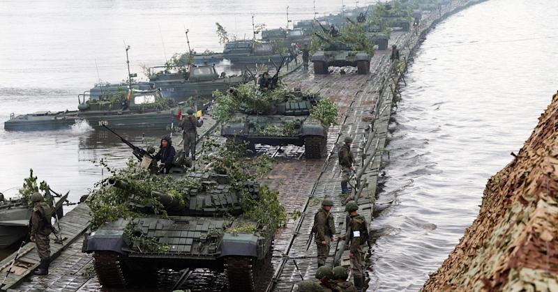 Massive Russian military exercise heightens fear of troop build-up on western border