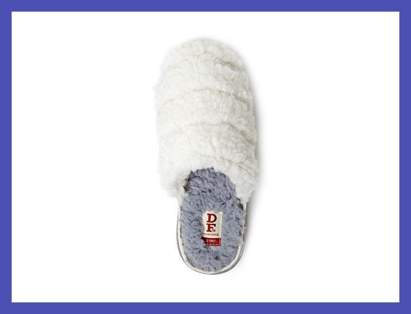 A warm hug in foot form, at a pittance. A great luxe-seeming gift for everyone on your list. (Photo: Walmart)