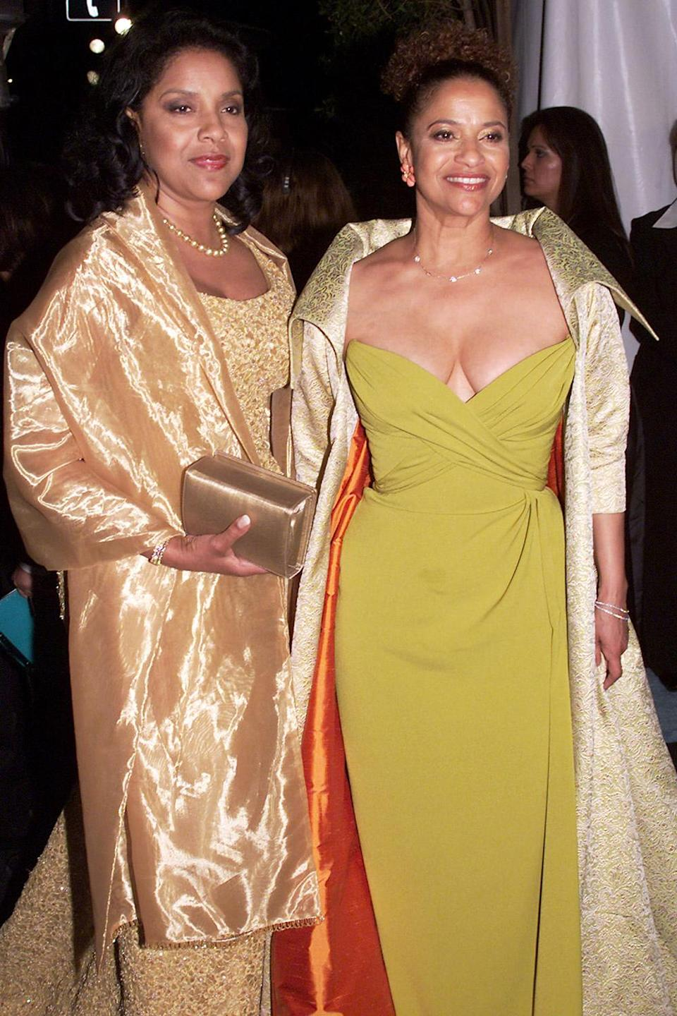 <p>Sisters make the best party date! Phylicia Rashad and Debbie Allen went to the 2001 Elton John Oscar Party together. </p>