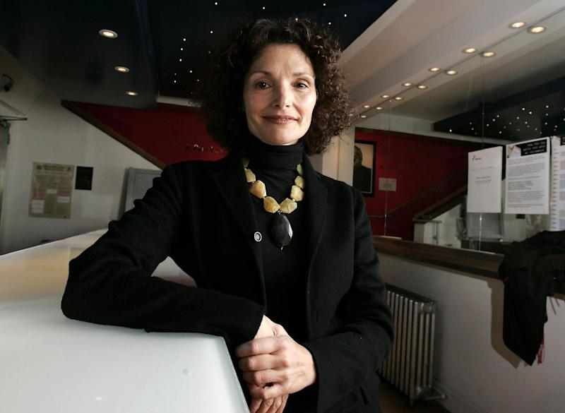 """FILE - This Dec. 2, 2007 file photo shows U.S. actress Mary Elizabeth Mastrantonio attends the artist-led volunteer committee """"Act for Darfur"""" in London. Mastrantonio stars in the Broadway revival of Terence Rattigan's play """"The Winslow Boy,"""" her first Broadway work in a decade. (AP Photo/Nathan Strange, File)"""