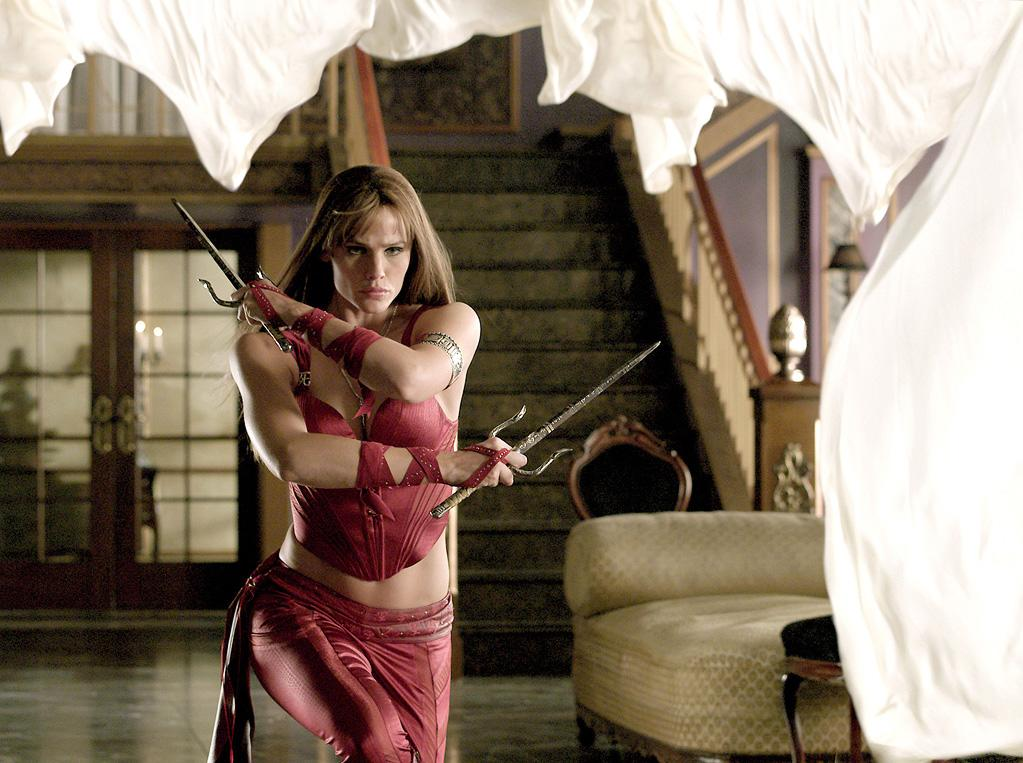 """ELEKTRA <br><a href=""""http://movies.yahoo.com/movie/1808473330/info"""">""""Elektra</a>"""" <br>Grade: C- <br>For a superhero, Elektra looks a lot like a down market Vegas showgirl in harem pants. High marks on color and low marks on just about everything else."""
