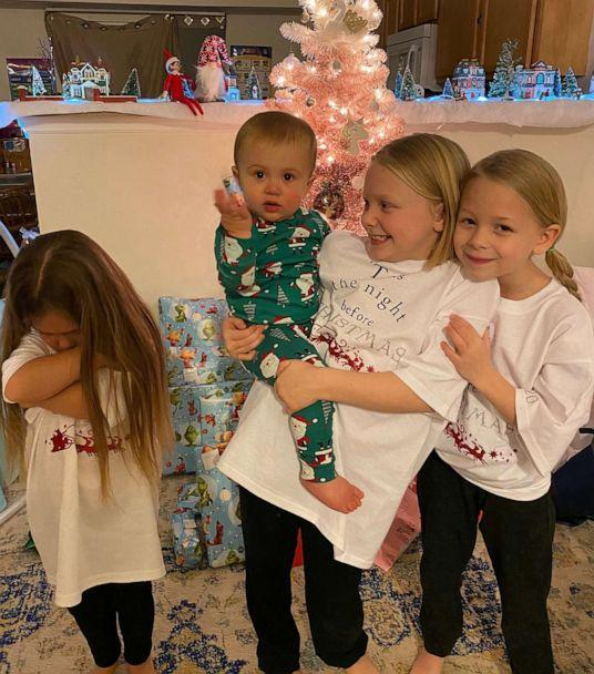PHOTO: Ashley Rodgers, a writer and a full-time employee at a Missouri school district, wrote a piece for the popular blog Scary Mommy titled, 'This Is What A Single Mom Really Feels Like.' Rodgers is a single parent to four children under the age of 8. (Ashley Rodgers)