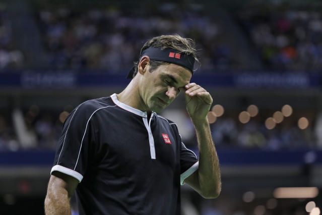 "<a class=""link rapid-noclick-resp"" href=""/olympics/rio-2016/a/1221919/"" data-ylk=""slk:Roger Federer"">Roger Federer</a>'s drought at the US Open continues. (AP Photo/Seth Wenig)"