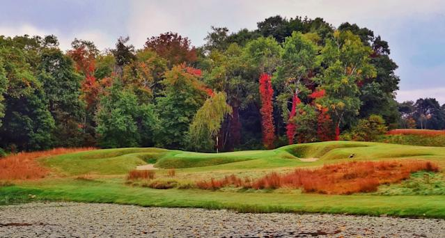 "<div class=""caption""> The par-3 ninth hole at Myopia Hunt. </div> <cite class=""credit"">Jon Cavalier</cite>"